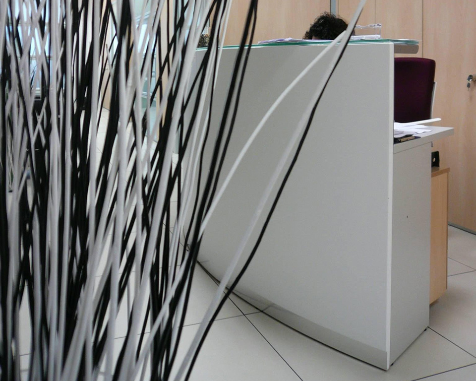 bg-curved- designer reception desks with glass counter top