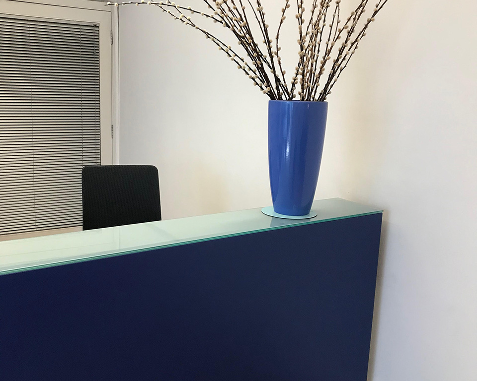 BG small designer reception desks in dark blue or 14 other lacquered colours
