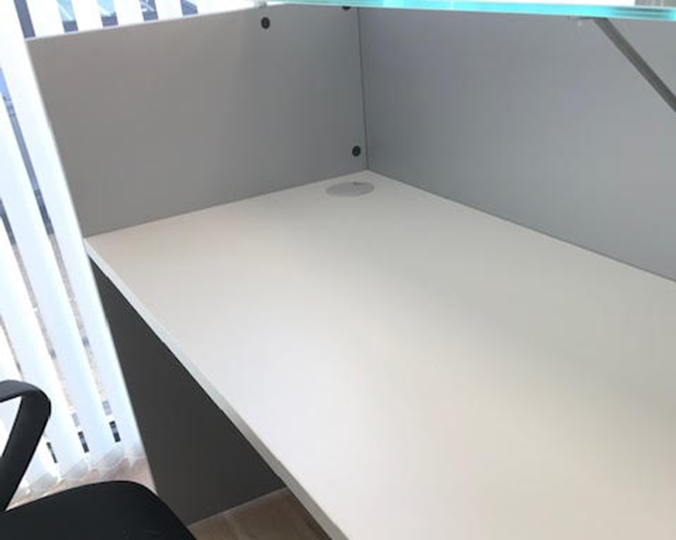 BG small designer reception desks in Aluminium grey or 14 other lacquered colours