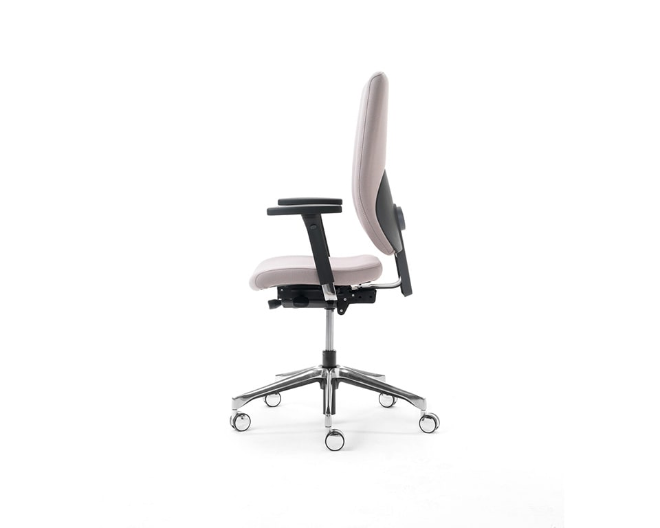 eclipse-chairs-executive fully adjustable task chair side view