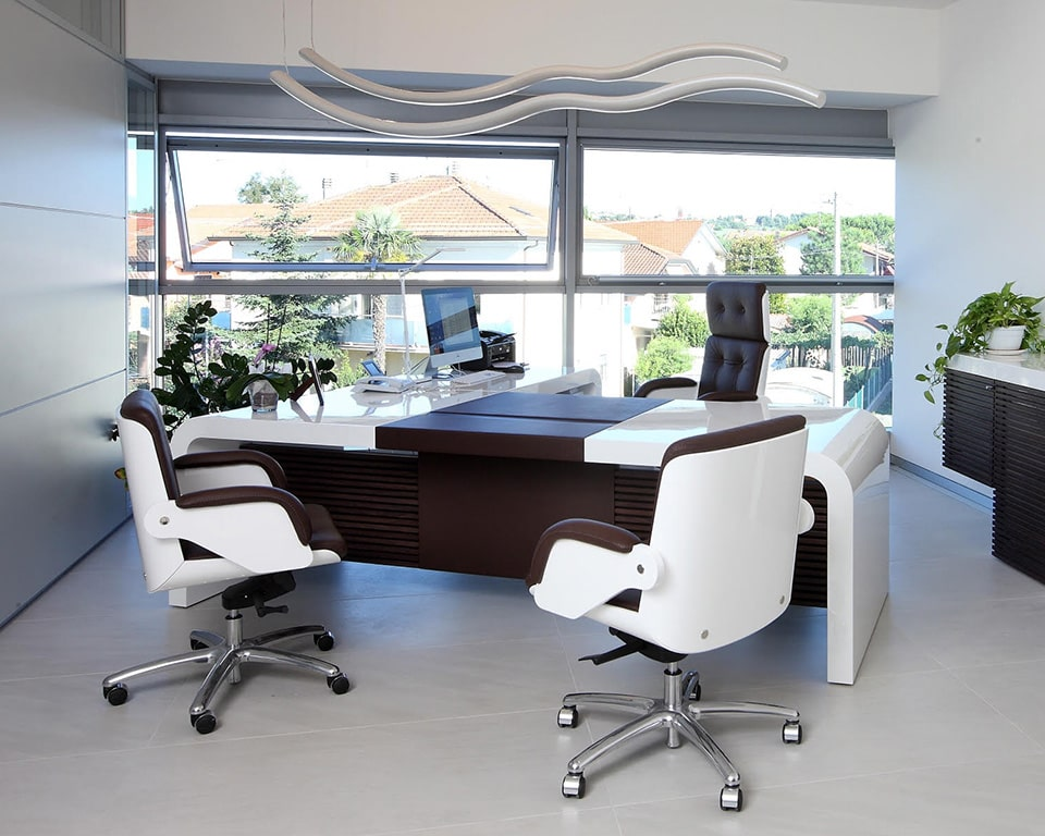 Tau large luxury executive directors desk in high white gloss with drawers and dark brown leather inlaid top and modesty panel. Matching white gloss and dark brown leather executive chairs plus sideboard.