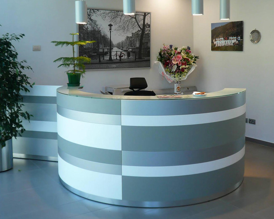 twist-reception-7T wist brightly coloured reception desk with alternating front horizontal stripes