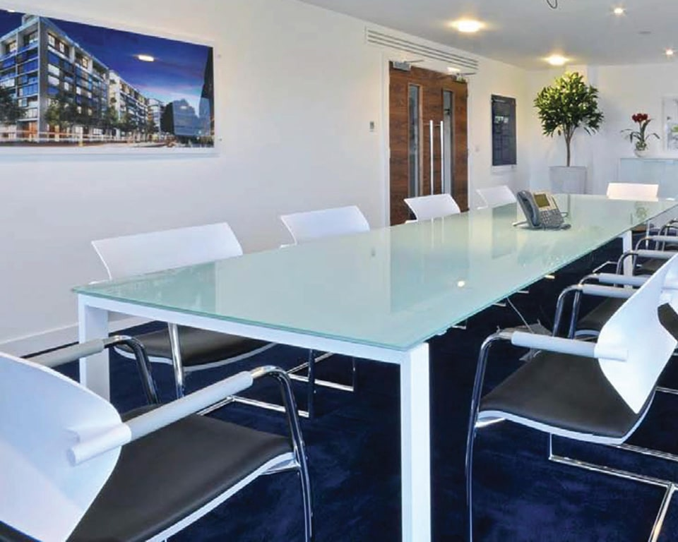 Air JR cantilever frame meeting room chairs around a glass meeting table