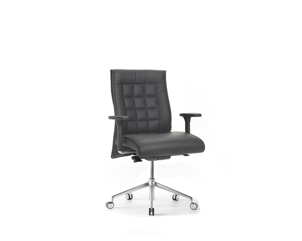 Beaute Medium back fully adjustable executive chairs with arms front view