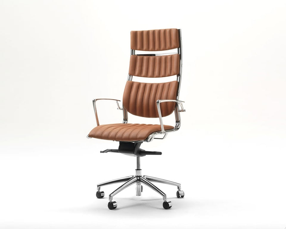 Havana High back Executive office Chairs with arms In Tan leather - Front view