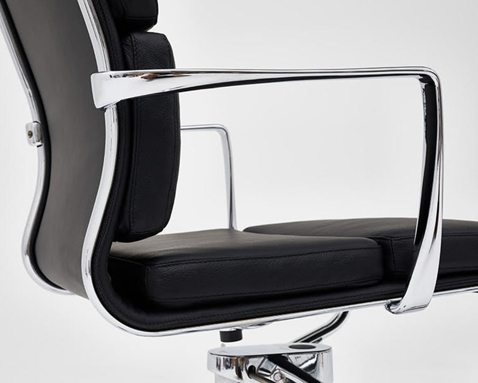 rolling frame padded black leather executive chairs and luxury quality home office chairs