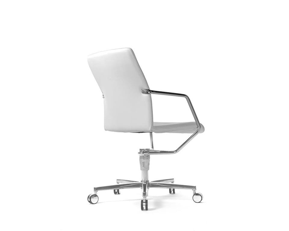 Tempo high quality Meeting room chairs and home office chairs in fabric or leather with 4 spoke return swivel base in white leather