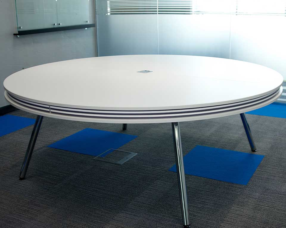 Luxury High quality ON round white meeting table to seat 6-8 people shown here with black and white horizontal stripes