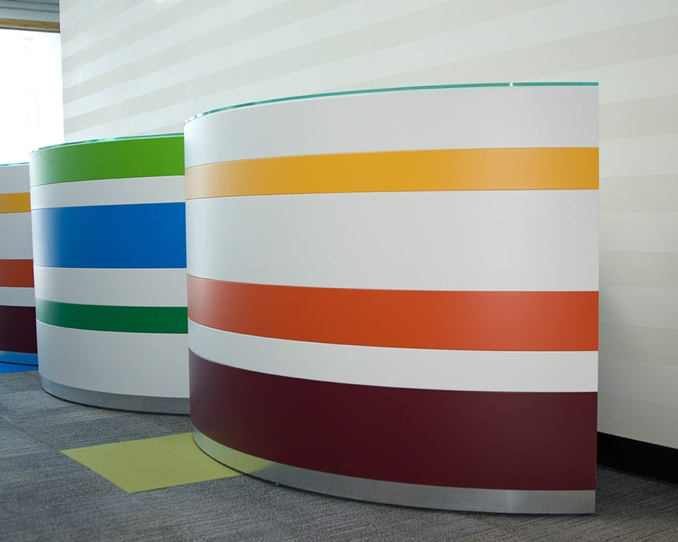 Twist high quality modular reception desk single 1600 wide curved desk modules with different colour horizontal bands