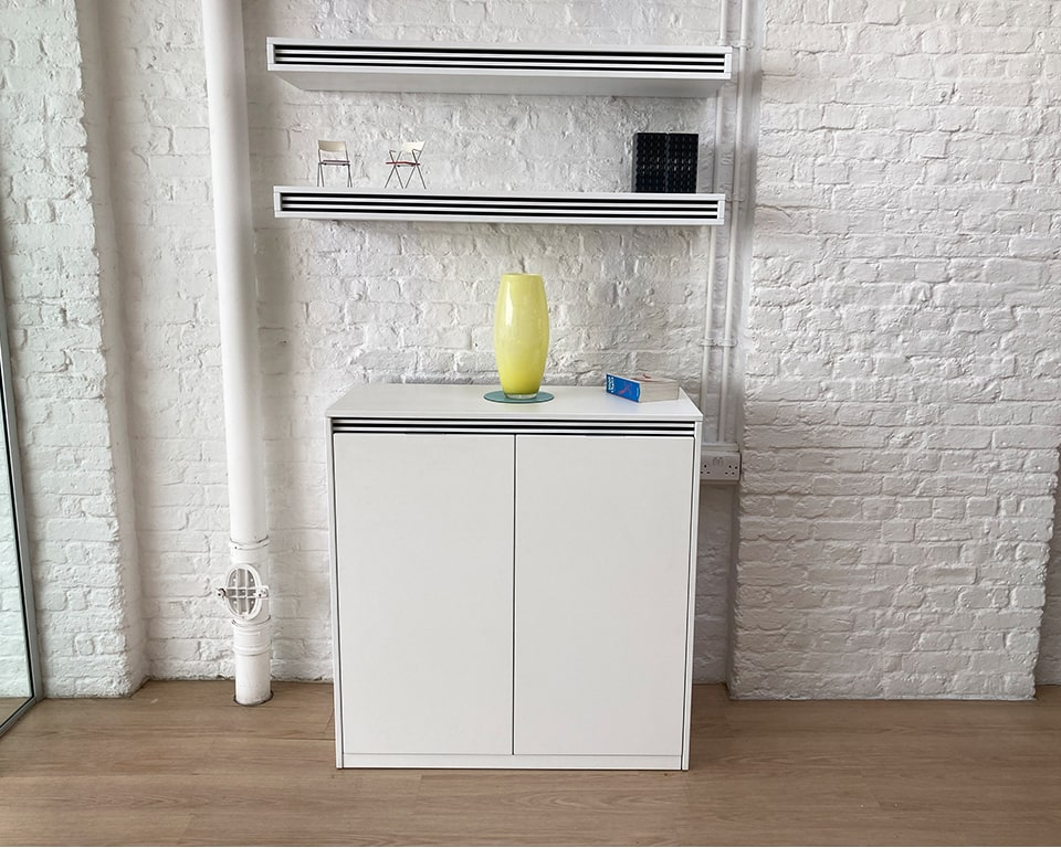 White lacquered Executive office furniture - On stripes matching hinged door cupboards and wall mounted shelves with black and white horizontal bands - High quality Italian office storage