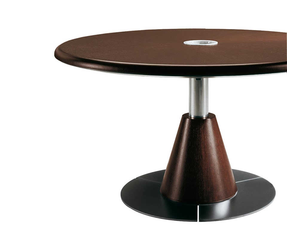 Luxury large round boardroom table in real wood. Shown here in dark oak wood but also available in dark oak and bleached oak. Other wood finishes available on request. Large designer board room tables 100% made in Italy.