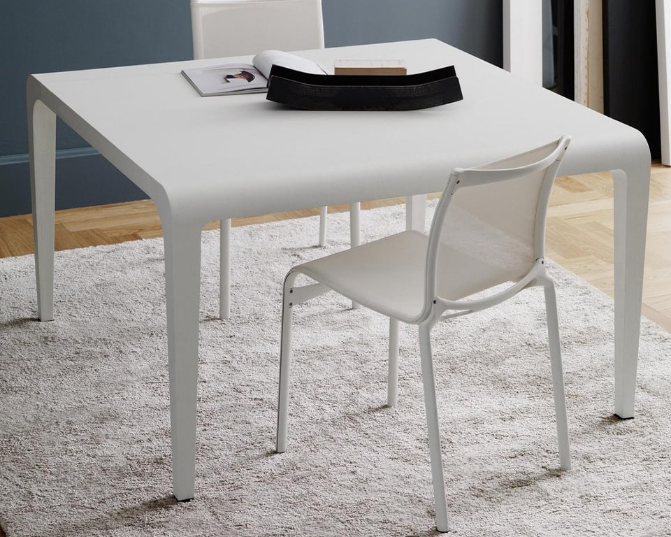 Luxury high quality Mesh dining and meeting chairs - Big Frame 44 by Alias design are available with or without arms and shown here in all white version without arms. Premium High - end Meeting room or dining room chairs from Italy